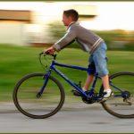 Çocuklara bisiklet sürmeyi öğretme, iki tekerlekli bisiklet sürme, çocuklara iki tekerlekli bisiklet sürmeyi öğretme